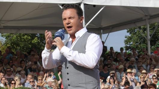 """Immer wieder sonntags""-Moderator Stefan Mross mit wichtigem Aufruf an seine Fans."
