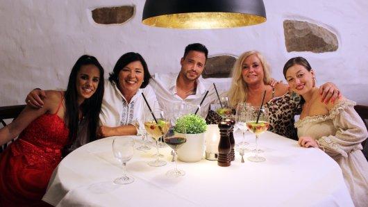 Romina, Vera Int-Veen, Dennis, Mama Carmen und Charleen.