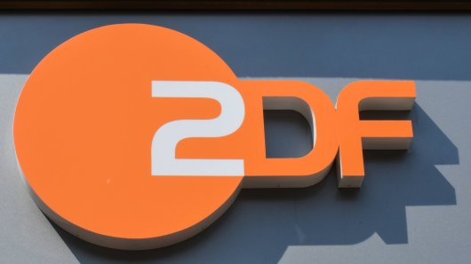 Ein ZDF-Moderator steht bald erstmals in seiner eigenen Abendshow vor der Kamera. (Archivbild)