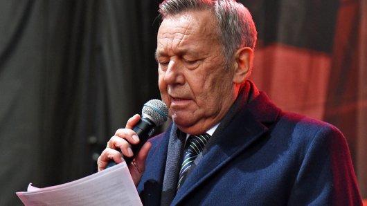 Schlager-Star Roland Kaiser muss seine Kaisermania-Konzerte absagen.