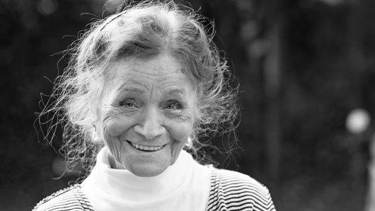 """ZDF: Ingrid Fröhlich war die erste westdeutsche Ermittlerin bei """"SOKO 5113"""". Jetzt starb sie im Alter von 81 Jahren."""
