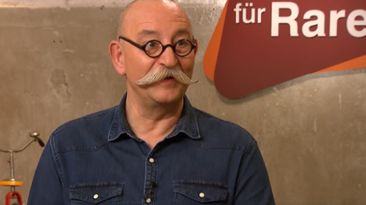 """""""Bares für Rares""""-Moderator Horst Lichter ist überrascht."""