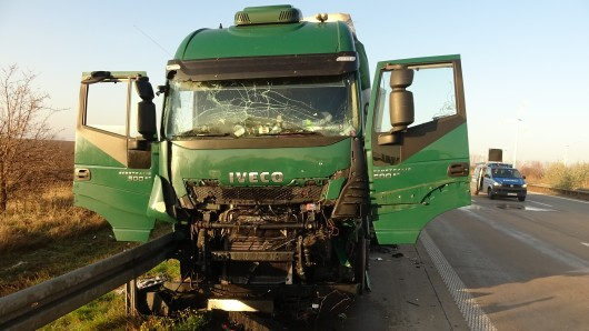 AM Freitagmorgen hat es auf der A2 schon wieder einen Lkw-Unfall gegeben.