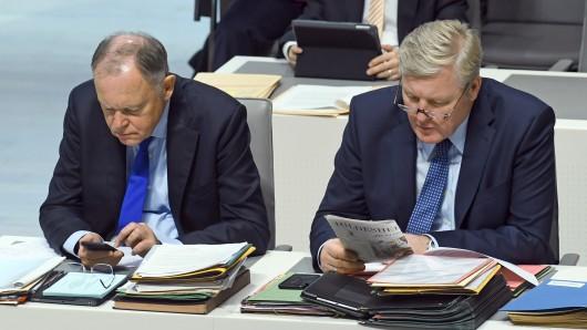 Niedersachsens Ministerpräsident Stephan Weil (SPD) und Wirtschaftsminister Bernd Althusmann (CDU).
