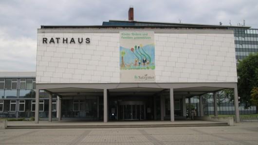 Das Rathaus in Salzgitter-Lebenstedt. Die SPD ist aus dem Mehrheitsbündnis mit MBS und den Grünen ausgestiegen. (Archivbild)