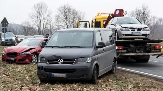 Drei der vier beteiligten Unfallautos.