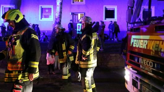 Im Einsatz waren die Wache 1 und 2 der Berufsfeuerwehr sowie die Freiwillige Feuerwehr Salzgitter-Bad.