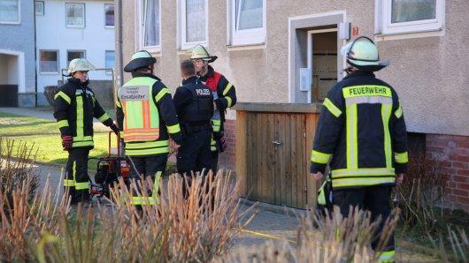 Die Feuerwehr Salzgitter war am Donnerstag in diesem Mehrfamilienhaus aktiv.