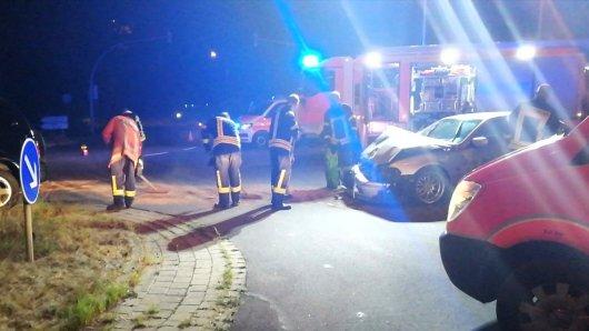 Bei einem Unfall auf der Eisenhüttenstraße kam es in Salzgitter am Sonntagabend zu einem Unfall von zwei Fahrzeugen.