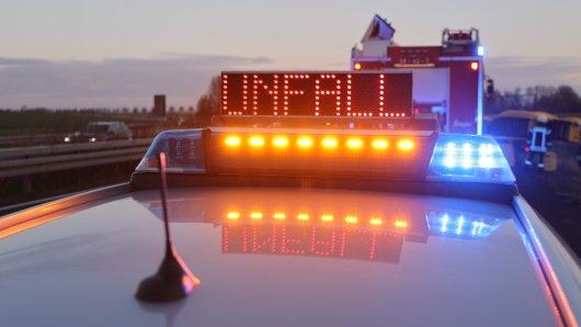 Auf der A39 in Salzgitter hat es am Montagmorgen einen Unfall gegeben. Die Polizei sperrte die Unfallstelle ab.
