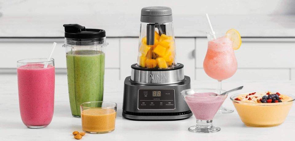 Ninja Foodi mit fruchtigen Shakes.