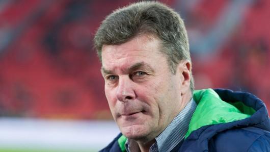 VfL-Trainer Dieter Hecking glaubt noch an die Qualifikation für den europäischen Wettbewerb.