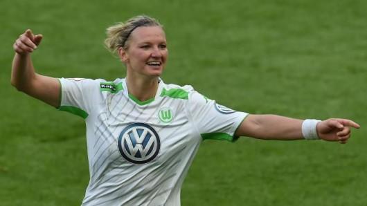 Die Wolfsburgerin Alexandra Popp will auch gegen Frankfurt jubeln.