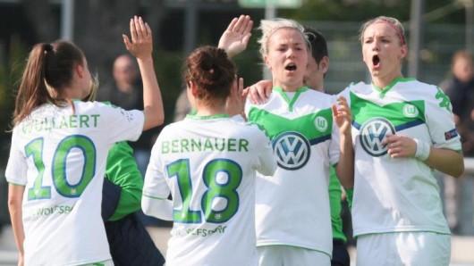 Die Fußballerinnen des VfL sind als Mannschaft des Jahres nominiert. (Archivbild)