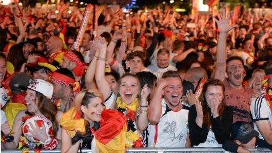 In ganz Deutschland gab es Fanmeilen.
