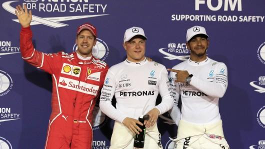 Von links: Sebastian Vettel, Valtteri Bottas und der Lewis Hamilton.