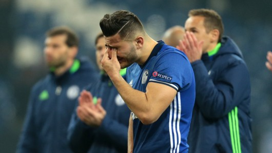 Schalkes Sead Kolasinac muss das Aus erstmal verarbeiten.