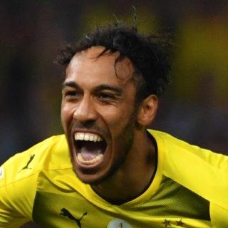 So wird Dortmunds Pierre-Emerick Aubameyang heute im Spiel gegen den VfL Wolfsburg wohl nicht jubeln. (Archivbild)