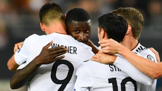 Antonio Rüdiger jubelt nach seinem Tor zum 3:1.