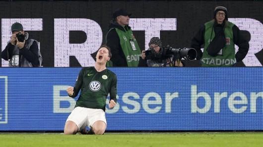 Wout Weghorst bejubelt sein Tor zum 2:0 gegen VfB Stuttgart.