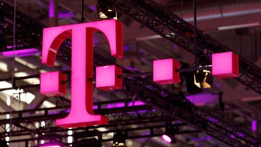 Die Telekom senkt einige ihrer Tarifpreise. Dennoch sind die Kunden verärgert. (Symbolbild)