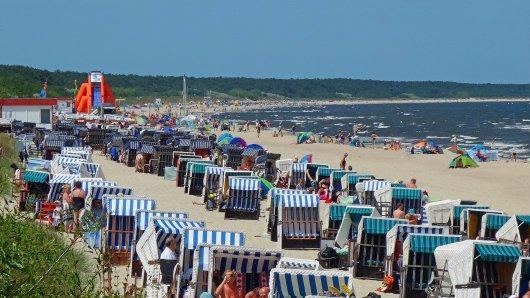 Urlaub an der Ostsee: Einfach mal entspannt an den Strand gehen? Das geht möglicherweise bald an der Ostsee nicht mehr so leicht.