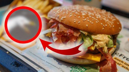 Ein Mann wollte nur in Ruhe sein McDonalds-Menü verspeisen – doch auf diese Ruhestörung reagierte er schockierend brutal!