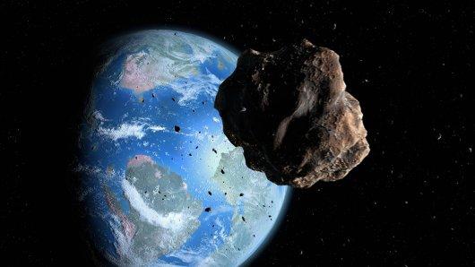 Der Asteroid könnte, wenn er die Erde träfe, enormen Schaden anrichten. (Symbolbild)