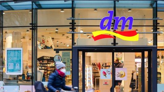 dm ist ein beliebter Drogeriemarkt in Deutschland.
