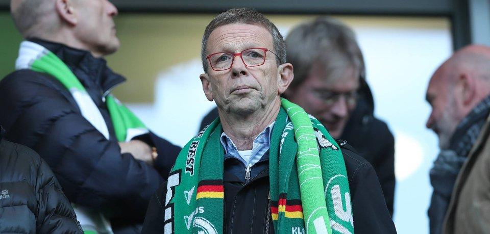Wolfsburgs Oberbürgermeister Klaus Mohrs (SPD) beim Besuch des VfL in der Volkswagen Arena.