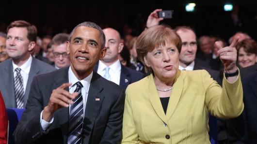 Bundeskanzlerin Angela Merkel (CDU) und US-Präsident Barack Obama während der Eröffnungsfeier am Sonntagabend. Die USA sind dieses Jahr Partnerland der Messe.