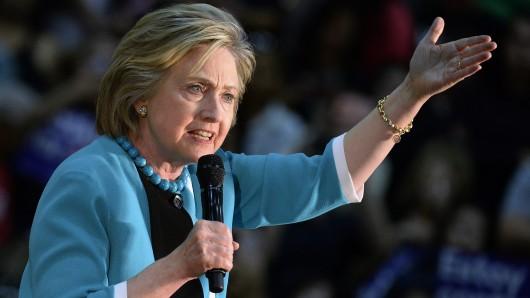 Präsidentschaftskandidatin Hillary Clinton kämpft um jede Stimme