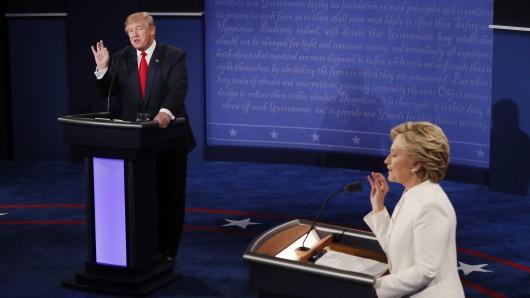 Donald Trump und Hillary Clinton diskutieren beim dritten TV-Duell.