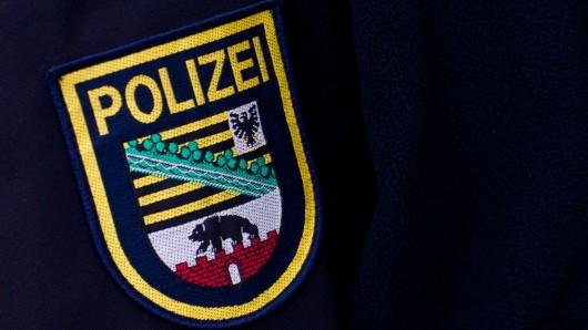 Zeugen des Vorfalls, insbesondere der unbekannte einschreitende Bürger, werden gebeten sich im Polizeirevier Harz unter Telefon 03941/674293 zu melden (Symbolbild).