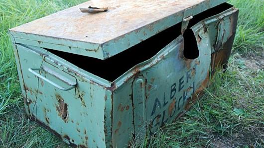 In dieser Kiste wurde die Leiche gefunden.