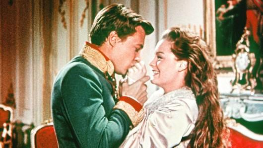 Die Trilogie erzählt aus dem Leben von Kaiserin Elisabeth.