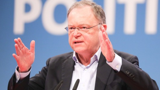 Stephan Weil (SPD) widerspricht Bundesinnenminister Horst Seehofer (Archivbild).