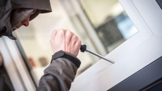 Einbrecher haben sich zum zweiten Mal die selbe Wohnung ausgesucht (Symbolbild).