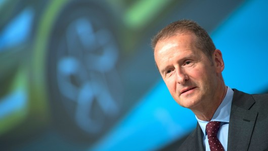 VW-Chef Herbert Diess bekommt Unterstützung (Archivbild).