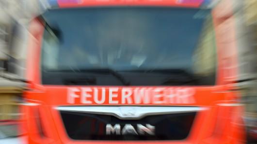 Die Feuerwehr musste in den Amselstieg fahren (Symbolbild).