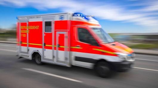 Die Fußgängerin kam ins Klinikum (Symbolbild).
