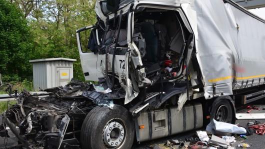 Der Fahrer hatte keine Überlebenschance.