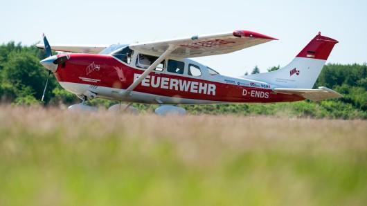 Aus Lüneburg und Hildesheim sind die Feuerwehrflugzeuge heute gestartet. (Archivbild)