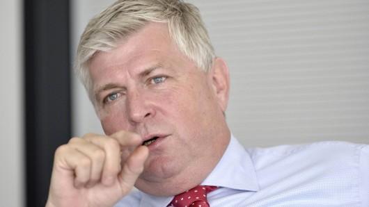 Seine Verteidigungsstrategie könnte dem Ex-Porsche-Vorstand Wolfgang Hatz jetzt um die Ohren fliegen. (Archivbild)