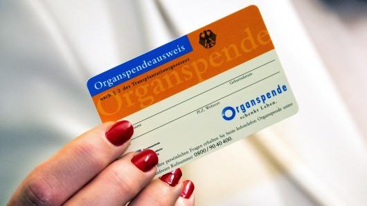 Die Zahl der Organspender in Niedersachsen bleibt konstant. (Symbolbild)