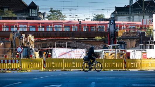 Diese alte Bahnbrücke in der Innenstadt von Hannover wird aufgehübscht. Und das hat Folgen.