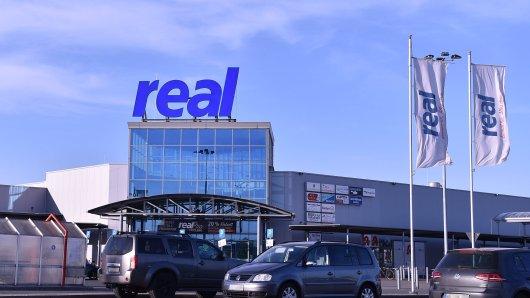 real: Kunden wollen alle ein bestimmtes Produkt. (Symbolbild)