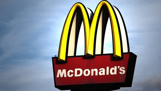 """Großer Ärger bei einigen McDonald's-Kunden – und das ausgerechnet beim """"Happy Meal""""! (Symbolbild)"""