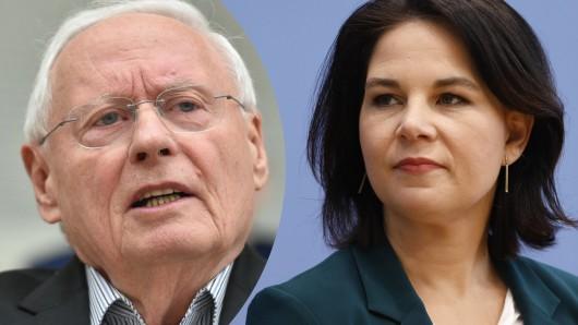Linken-Politiker Oskar Lafontaine teilt über Facebook heftig gegen die grüne Kanzlerkandidatin Annalena Baerbock aus.