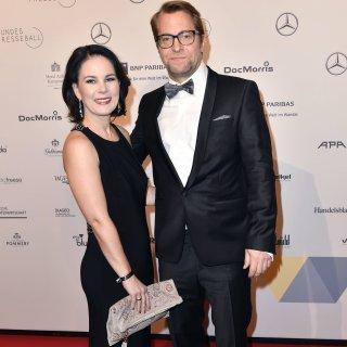 Annalena Baerbock mit ihrem Ehemann Daniel Holefleisch beim 67. Bundespresseball 2018.
